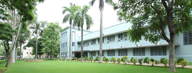 Xavier Labour Relations Institute Top MBA Colleges
